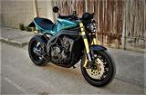 Triumph Speed Triple 1050 cafe racer special