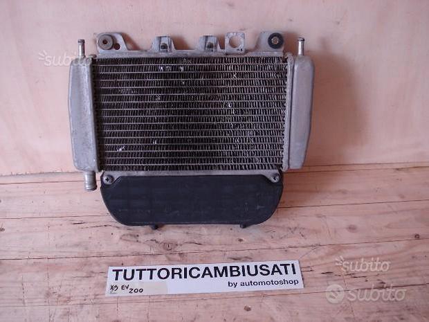 Radiatore X9 RUNNER BEVERLY 125 180 200 250