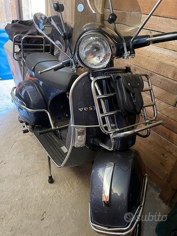 Vespa P200e iscritta moto d'epoca