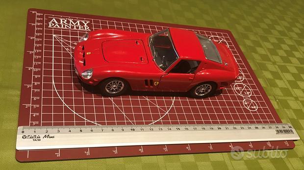 BURAGO - Ferrari 250 GTO - Scala 1:24