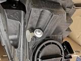 Faro anteriore xeno Mercedes w176