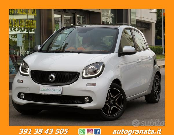 Smart ForFour 1.0 PASSION 71CV TETTO PANOR.+LED