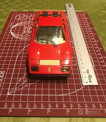BURAGO - Ferrari 512 - Scala 1:24