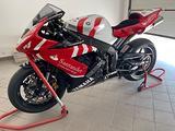 Yamaha YZF R1 - 2004