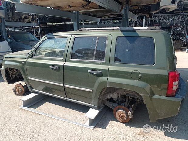 Porta anteriore-posteriore jeep patriot