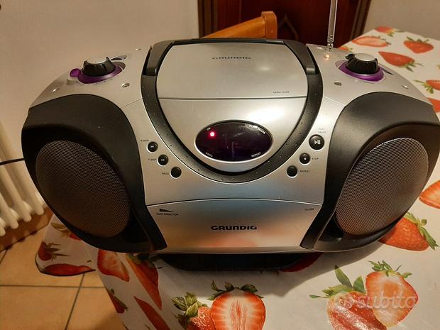 Stereo portatile. CD. Radio. Cassette. Grundig