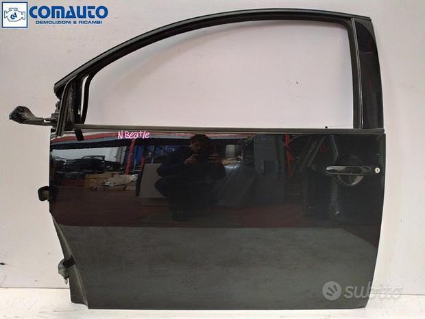 Porta anteriore sx Volkswagen New Beetle (06)