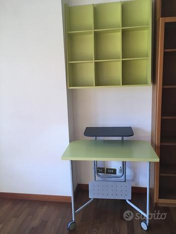 Libreria e scrivania per ragazzine/i