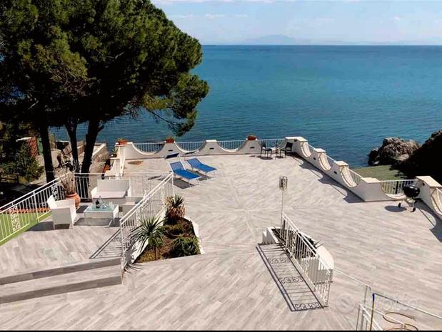 Spettacolo Casa sulla spiaggia (Costiera Amalfita