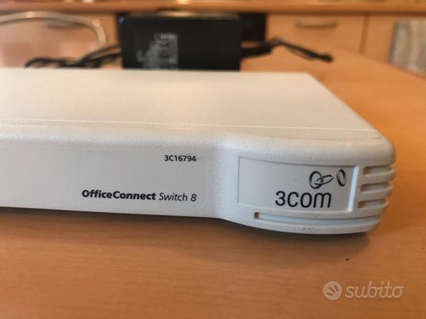SWITCH 3COM 8 porte 10/100 modello 3C16794