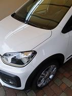 Vw up cross asg