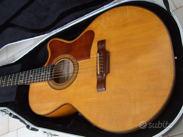 Chitarra acustica di alta liuteria modello Gibson