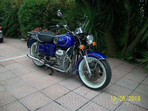 Moto Guzzi V7 - 1971