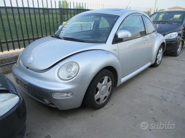 Pezzi ricambio volkswagen new beetle 2.0 benz 2002