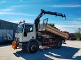 Camion Iveco 150E18K gru/rib