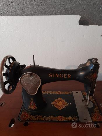 Macchina da cucire Singer d'epoca