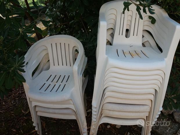 Nr. 16 sedie bianche da giardino