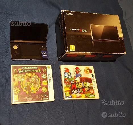 Nintendo 3DS + 2 giochi + memoria 2GB