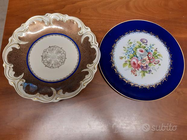 Set di piatti in porcellana e decorati
