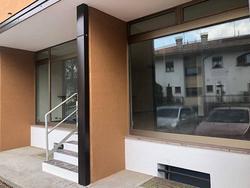 Negozio / Studio a Manzano