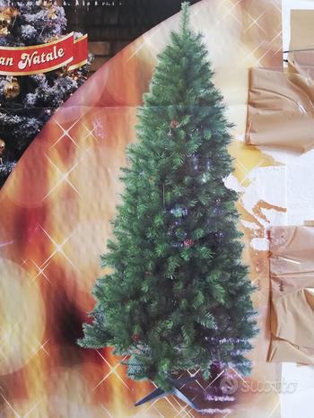 Albero di Natale artificiale in PVC slim 210 cm