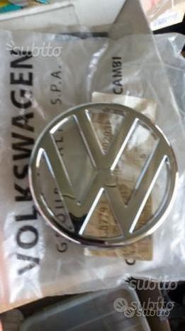 Vw golf 1 cabrio logo emblema originale