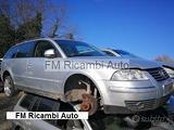 VW passat SW 2 serie 1.9 tdi 2005 per RICAMBI