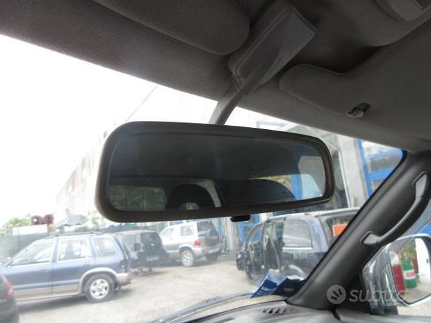 Specchietto interno MITSUBISHI L200 del 2000