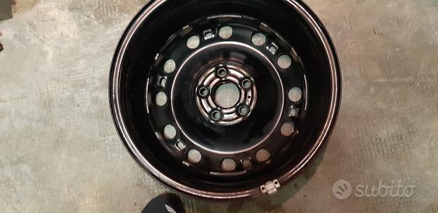 Cerchi in ferro originali Volkswagen da 15