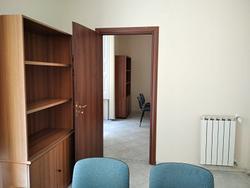 Uffici 24mq complessivi Piazza Carità (Na)
