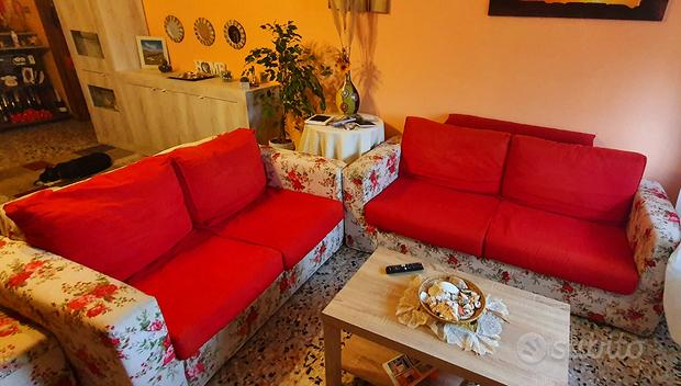 Un divano 3 posti   un divano 2 posti