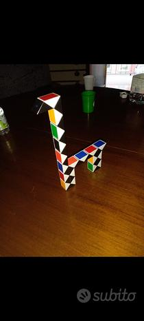 Cubo di rubik puzzle sepentone prezzo trattabile