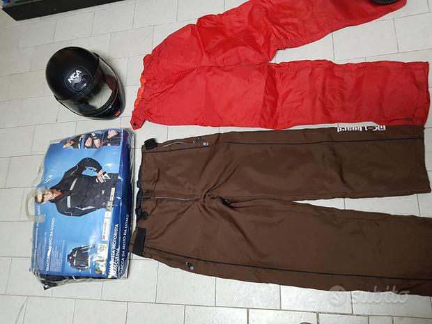 Casco e abbigliamento moto