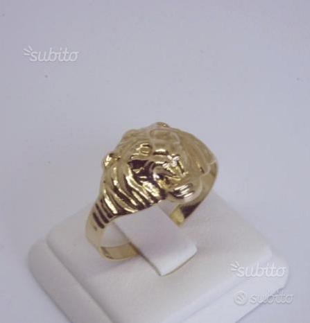 Anello testa di leone in oro