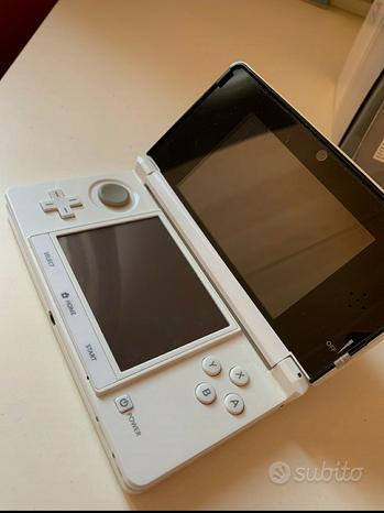 Nintendo 3ds con 18 giochi inclusi