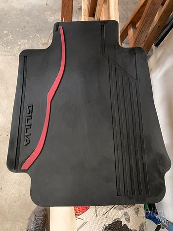 Set tappetini Alfa Rome Giulia Q4 + vasca baule