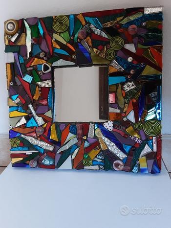Cornice 26x26cm con specchio centrale nuova