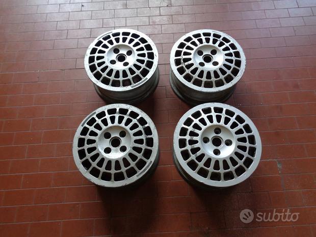 Cerchi in magnesio Fiat Uno Turbo GR A Abarth