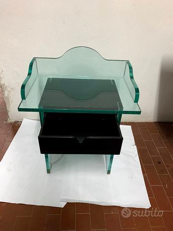 Comodini in cristallo desing con cassetto in legno