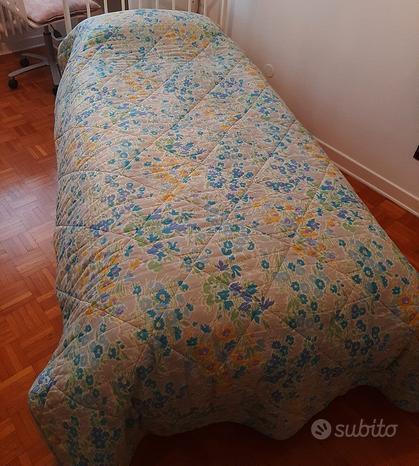 Trapunta copriletto singolo a fiori verde azzurro