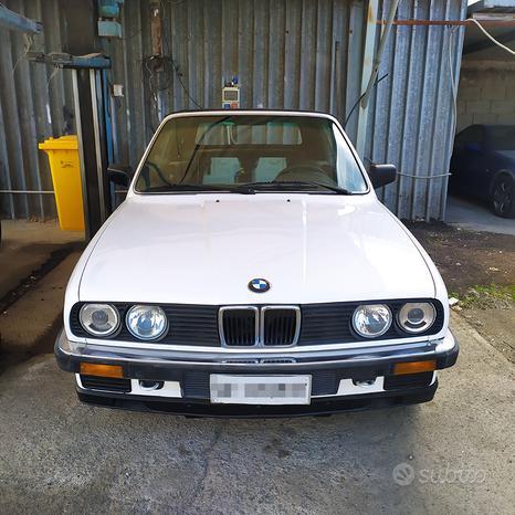 BMW e30 320 I