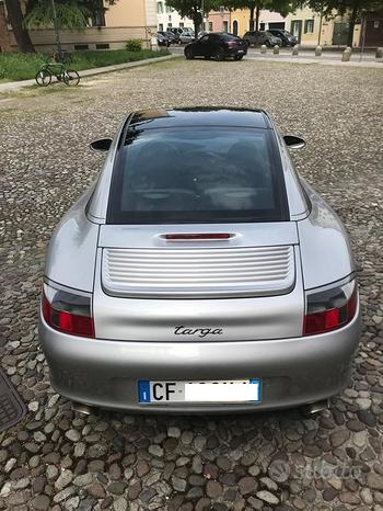 PORSCHE 911 (996) Carrera 2 TARGA - 2003