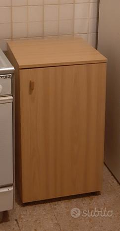 Mobiletto basso cucina