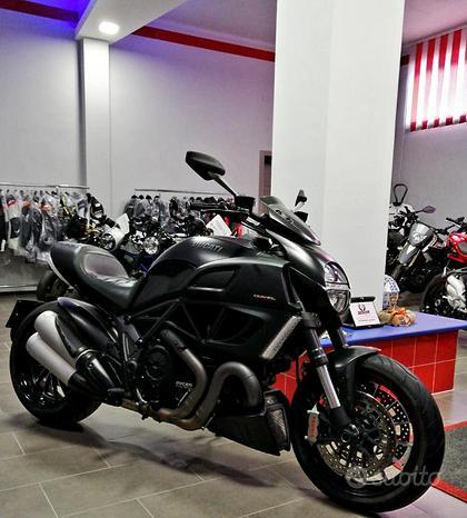 Ducati Diavel - 2013 PARI A NUOVO