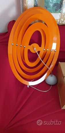 Lampadario di design arancione