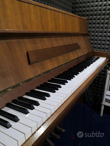 Pianoforte Verticale Petrof 112