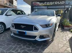 Mustang cabrio 305cv