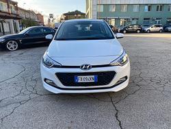 Hyundai I20 1.2 benzina 55 kw 2017 NEOPATENTATI