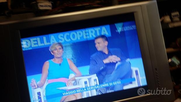 """Tv sinudine 23"""" schermo piatto"""