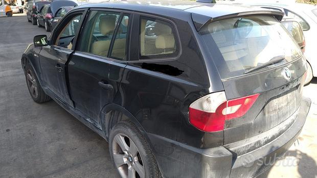 Pezzi di ricambio BMW X3 anno 2006